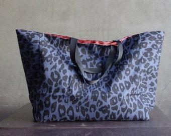 Blue leopard on Oxford cotton WIDE 150cm, U2762