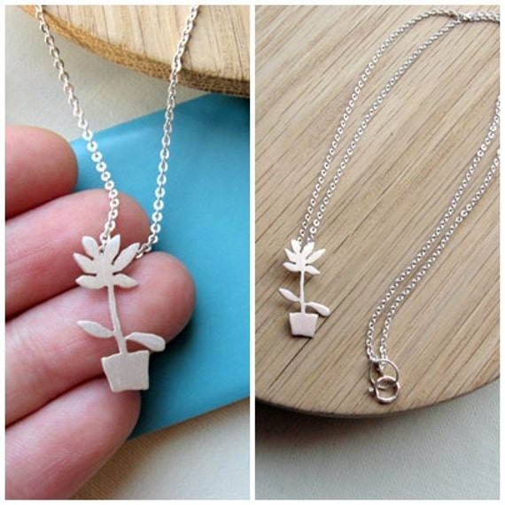 Plant necklace, Botanical necklace, Plant jewelry, Gardening gift, Gift for mom, Grandmother gift