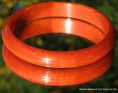 ChiLi Pepper Vintage Bakelite Bangle Marbled Hollywood Red Burnt Orange Mid Century Bracelet Catalin Spicey Mad Men Christmas 1950s 1960s