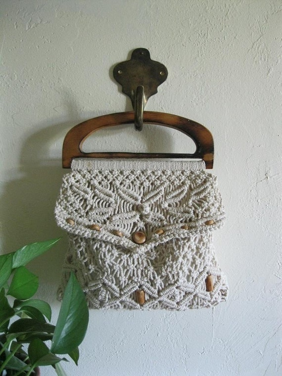 Reserved for Cecilia                         Vintage 70s macrame handbag with wood beading and handle