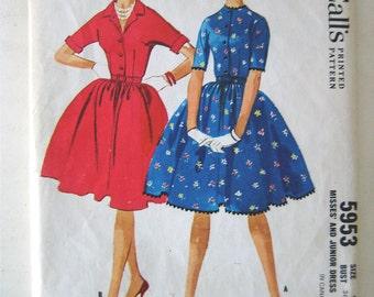Vintage 60's Full skirt Dress sewing pattern.   McCalls.   Junior Size 9.   No. 5953.