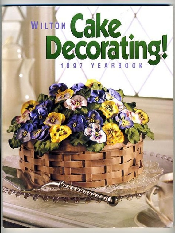 Wilton Cake Decorating Yearbook 1997 Pansy Cake Character