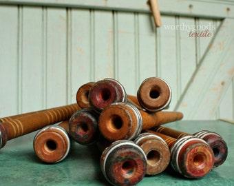 1 Wood Spool - Antique Industrial Wooden Textile Bobbin Yarn Center Pull Ball Winder Nostepinne Thread Organizer Rustic Home Decor Display