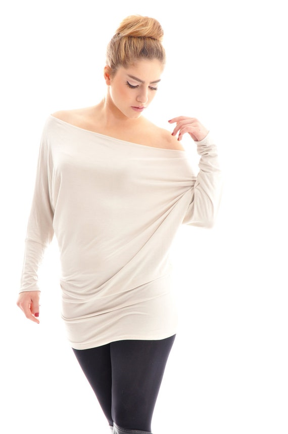 ON SALE- Oversize long sleeve top- Cream (beige) oversize cotton tunic top with bat sleeves