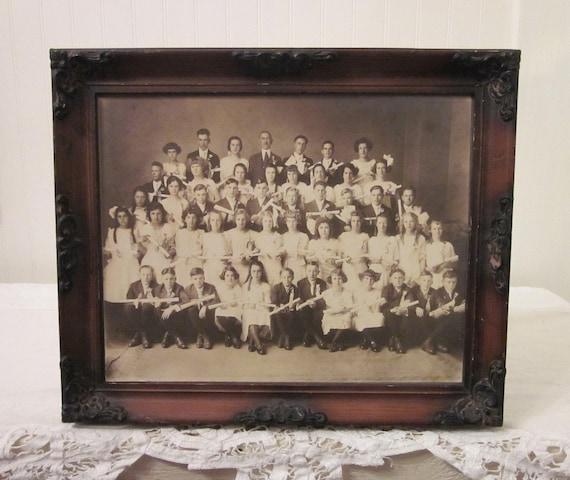 vintage Graduating Class, School Children Group FRamed Photo, 1920's era graduation photograph, rustic distressed ornate frame