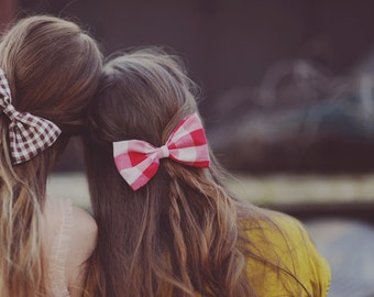 Vintage Red Bow Hair Clip /// Jules