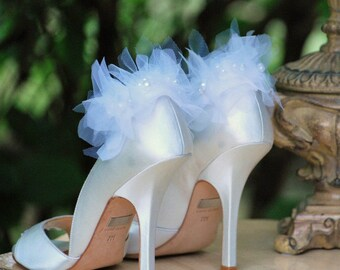 Wedding Shoe Clips. White Ivory Black Chiffon Petals Pearl. Bridal Bride Edgy Party Fashion. Spring Stunning Feminine Bridesmaid. MORE COLOR