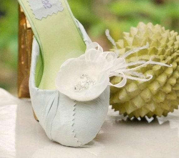 Shoe Clips Ivory & Celadon Sage Green Mint. Embellishment Bride Bridesmaid Fashion Gift, Feminine Elegant Romantic Spring, Pearl Glass Bead