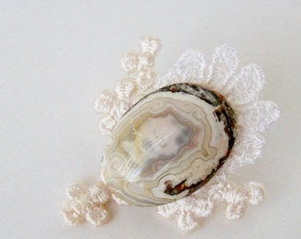 OOAK Cameo Style Oval Agate Brooch With Vintage Lace Setting