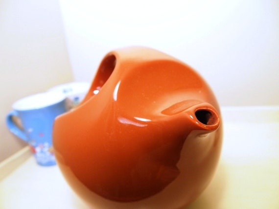 vintage Burnt Orange Teapot, minimalist design by Robert Steven Witkoff