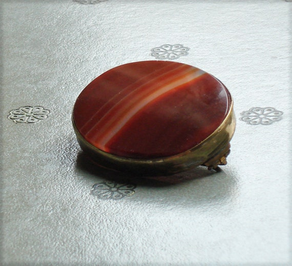 Victorian Large Scottish Banded Agate Brooch