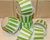 Cupcake Liners, 20 Green Striped Cupcake Baking Cups, Green Cupcake Cup, Paper Candy Cup, Nut Cup, Cupcake Decoration, Party Cup, Muffin Cup