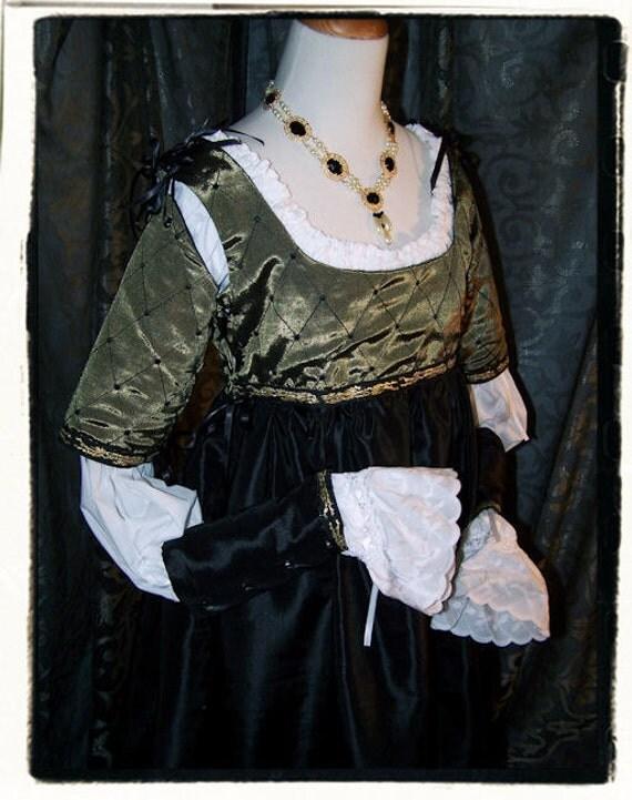 SALE House of Lions Italian Renaissance Tudor Dress Bust 35