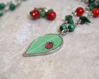 A Lady's Garden - Necklace and Earring set