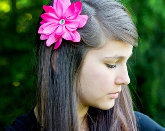 CLEARANCE---Fuchsia PINK Flower Clip with Jewel