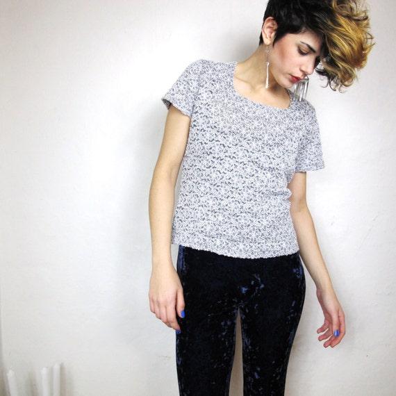 90s Grey Sheer Lace Grunge Tshirt (S/M)