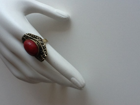 red coral dramatic gypsy 1960's cocktail ring / vintage costume jewelry