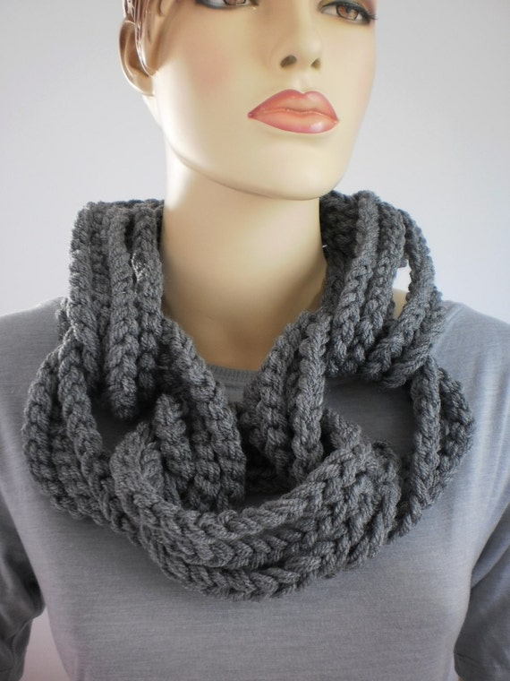 Crochet Grey Loop Chain Scarf with  removable chain - Cowl Scarf - Neck Warmer