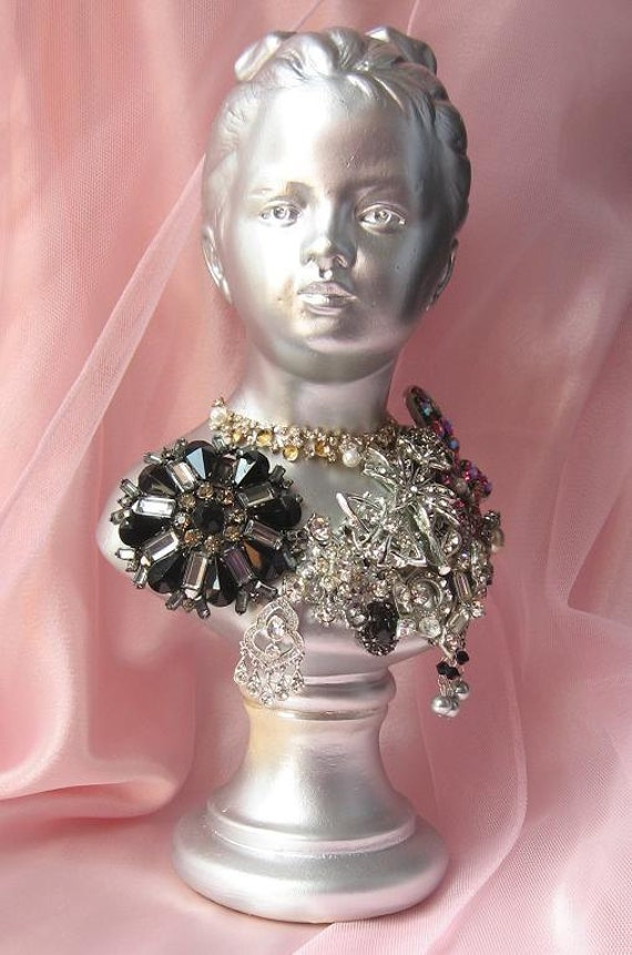 Vintage Jewelry Bust,Weddings,Vintage Wedding,French Decor,Paris Chic,Bust