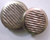 Bamboo Design Avon Vintage Cosmetic Compact