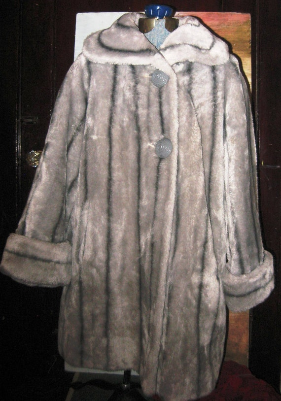 Vtg 60s Grey Striped Faux Fox Fur RESERVED 4 MISS YVONNE