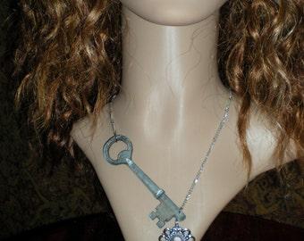Skeleton key steampunk\/gothic\/neo victorian charm necklace