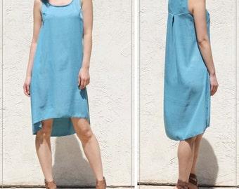 Sleeveless Silky Back Pleat Dress with High Low Hem - Blue