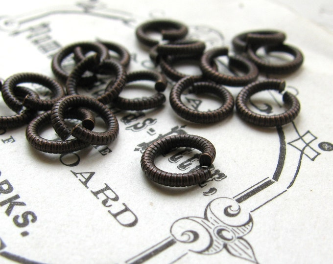 6mm etched jump ring - dark antiqued brass - (20 rings) textured, grooved, patterned jumpring, black jump ring, black brass jump ring