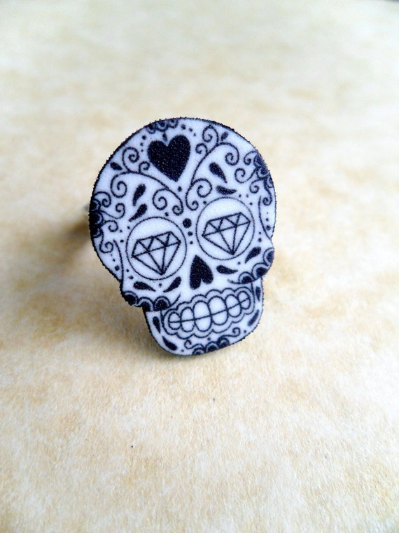 tattoo style day of the dead (dia de los muertos) black and white detailed sugar skull ring