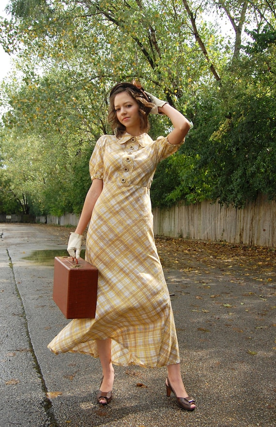 1930s Yellow Cotton Dress / Plaid long puffy sleeves