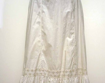 Vintage 1890 Victorian Fancy White Cotton Eyelet Embroidered Petticoat  Skirt