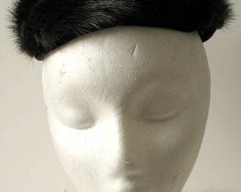 Vintage 1960s Lil-Ann Dark Mink Pillbox Hat