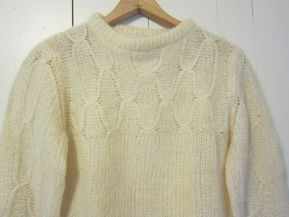 vintage  Mohair Sweater creamy white fair isle  Small