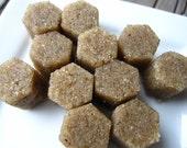 Brown Sugar Scrub // Organic Honeycomb // Geometric shape //  Body Polish - Exfoliating with raw honey - Hexagon Shape