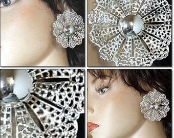 Huge Vintage SARAH COVENTRY Fanfare1962 Silver Tone Filigree Clip Earrings