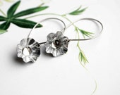 Dormeuses flower earrings metalwork crystal cabochon handmade earrings