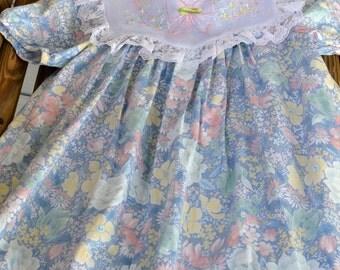 Vintage Little Girl's Dress, Embroidered Collar, Easter Dress, Spring Dress
