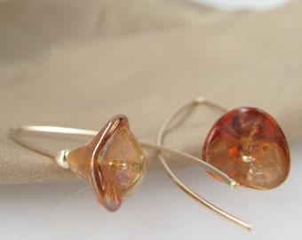 Golden Wallflowers - minimalist flower earrings