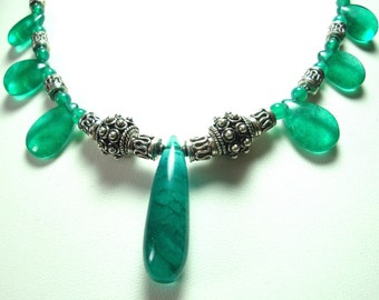 Green Agate Necklace with Bali Beads Emerald Green Agate Necklace with Solid Sterling Silver