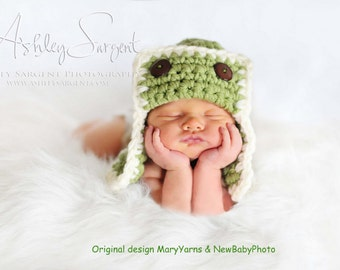 The Aviator Hat Newborn Photo prop in Green - Photography Shoot Baby Pilot Flyer Bomber - Infant  girl boy Photo Shoot babies
