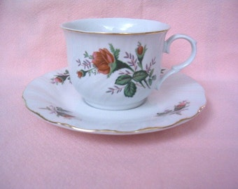 TEACUP SAUCER SET Vintage Shabby Pink Rose Bud Rosebuds Cottage Chic Plate Gold Trim Floral Flower China Tea Cup Scallop Victorian Style Set