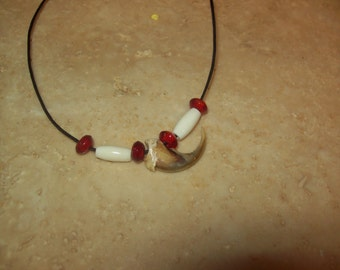 Wolverine claw necklace
