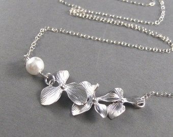 Serena,Silver Necklace, Cherry Blossom Necklace,Pearl Necklace, Flower,Sterling Silver. Handmade jewelery by valleygirldesigns on Etsy.