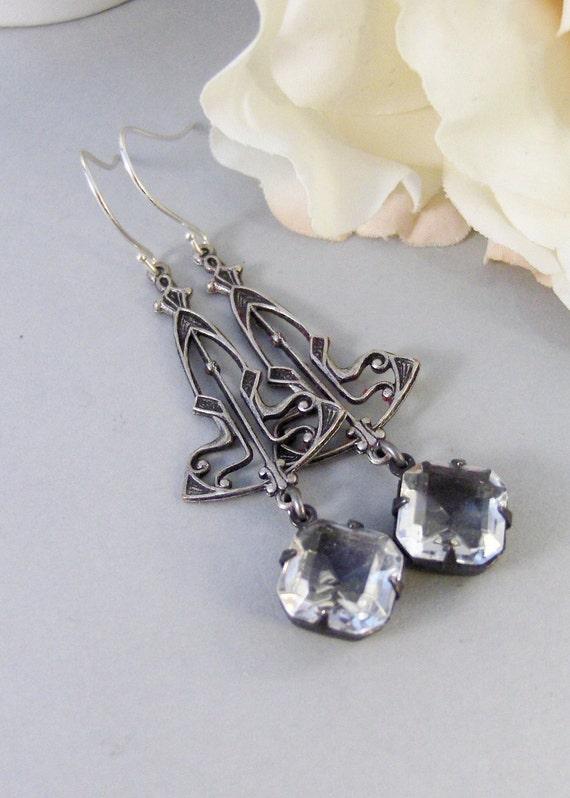 Frosted Maiden,Earring,Vintage Earrings,Diamond,Diamond Earrings,Clear,Crystal,Rhinestone. Handmade Jewelry by valleygirldesigns.