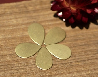 Brass Blanks Teardrop Smaller 16mm x 10mm 24g Shape for Metalwork Stamping Texturing Soldering Blanks - 6 pieces