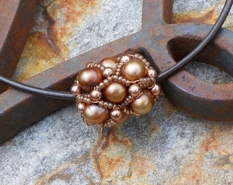 Freshwater Pearl and Copper Beaded Bead Pendant