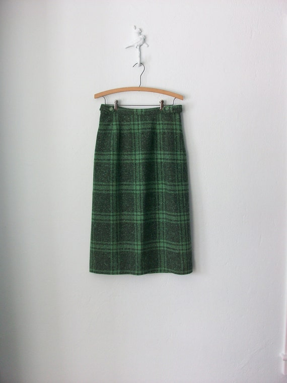 Vintage Tweed Skirt // 60s Pencil Skirt // 1960s Green Plaid Wool Midi // Medium