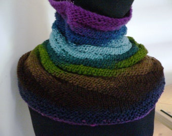 Chunky Connie Cowl knit Pattern is now an instant download