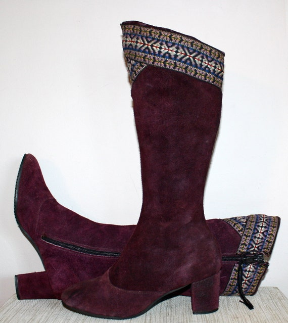 Vintage FESTIVAL BOOTS Purple Suede Tapestry Embroidered  7.5M