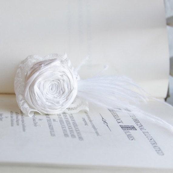 SALE Rosette Couture Bridal Bracelet Light Ivory Rose Flower and Ivory Lace Ostrich Feathers Silk Rosette Bracelet Corsage